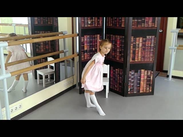 Софья Филатова читает произведение «Матери» (Бунин Иван Алексеевич)