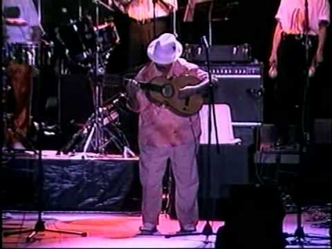 Quitate tú - Fania All Stars en Cali - Colombia (Solo Yomo Toro)