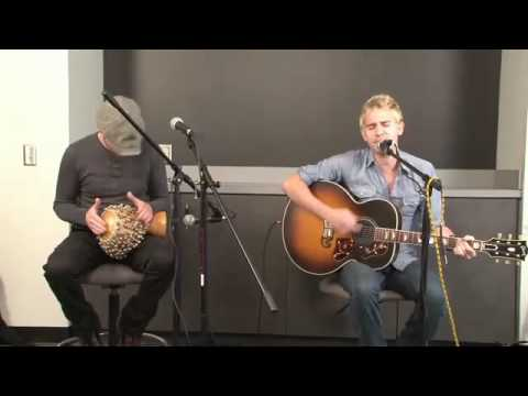 Lifehouse - Falling In (Acoustic) @ The MIX105.1 Studios 4th April 2011