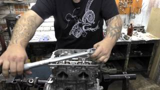 видео Устройство блока цилиндров двигателя: просто о сложном