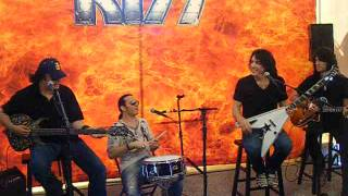 KISS - Burn Bitch Burn / Mr Speed - Meet and Greet Private Set - Tampa,FL 7-28-2012