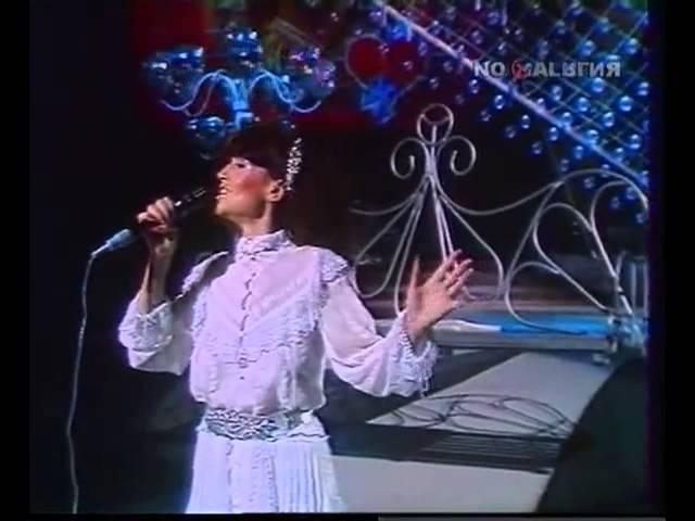 Смотреть видео ЛИЛИ ИВАНОВА: WOMAN IN LOVE (Live)