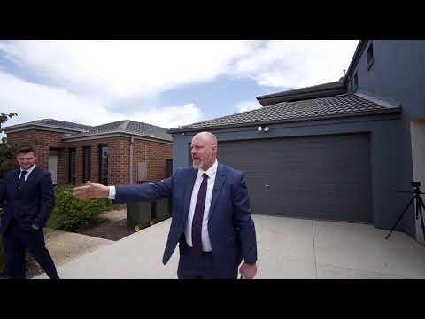Donald McKillop,  Auction Profile, 11 Minindee Road, Manor Lakes