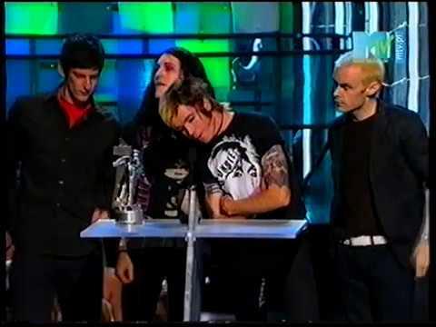 AFI accept MTV2 Award at MTV Video Music Awards 2003