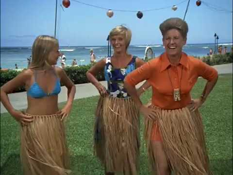 The Brady Bunch - Hawaii - Marcia And Jan Learn To Hula In Bikinis, And Greg Nearly Drowns