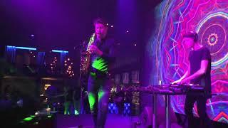 Клубный саксофонист Nikita Ferra. Москва