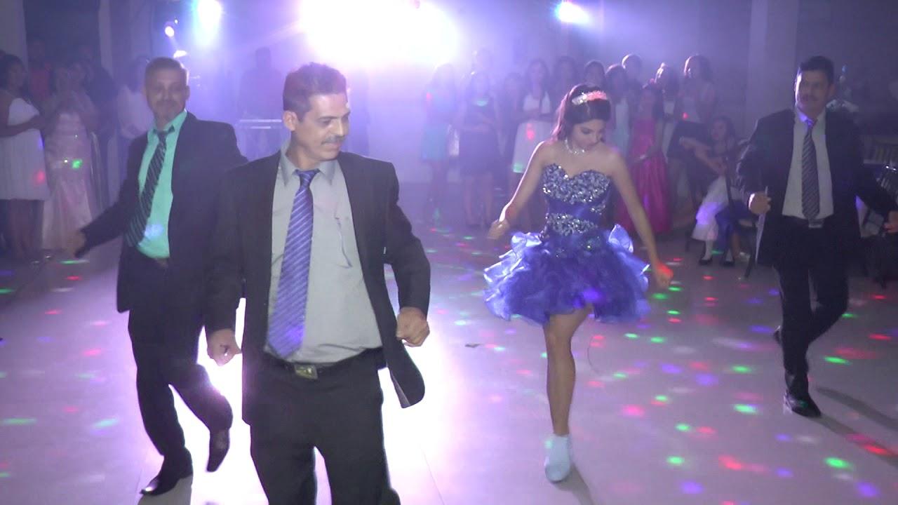 Baile Loco Con Los Tios De La Xv