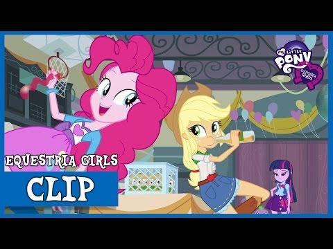 Pinkie Pie and Applejack at CHS | MLP: Equestria Girls [HD]