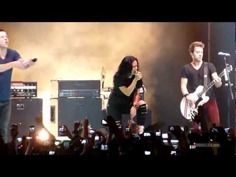 Simple Plan - Jet Lag Ft. Tantri Kotak (Live In Jakarta, 17 January 2012)