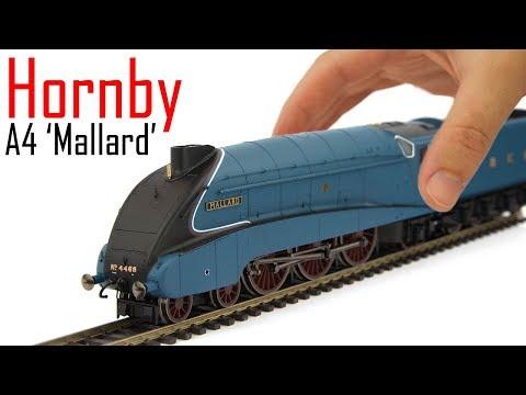 Unboxing the Brand New Hornby Class A4 'Mallard'