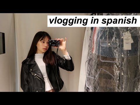Vlogging In Spanish! Shopping Alone | A Vlog.