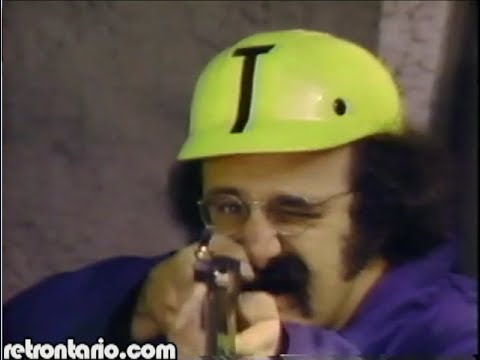 "Harvey Atkin versus Raccoon [Toronto Trilogy - ""Neighbours"" opening] (1983)"