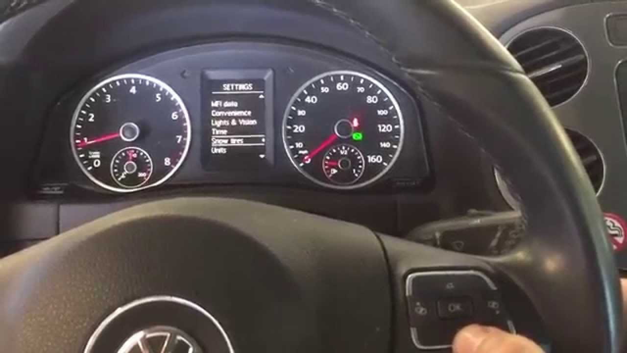 How to reset oil change reminder on 2013 Volkswagen Tiguan - YouTube