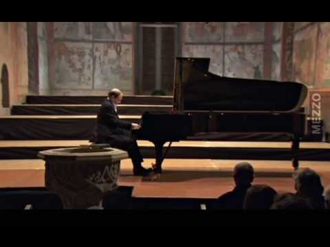 "Hamelin plays Strauss-Godowsky - Symphonic Metamorphosis on ""Wine, Women and Song"""