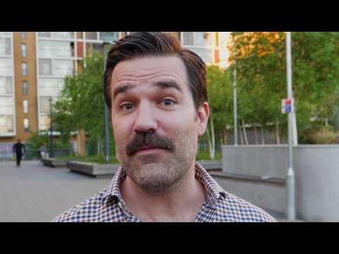 Rob Delaney is backing Labour