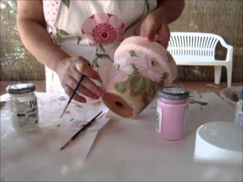 Decoupage vaso di coccio decorato youtube for Decoupage su vaso di vetro