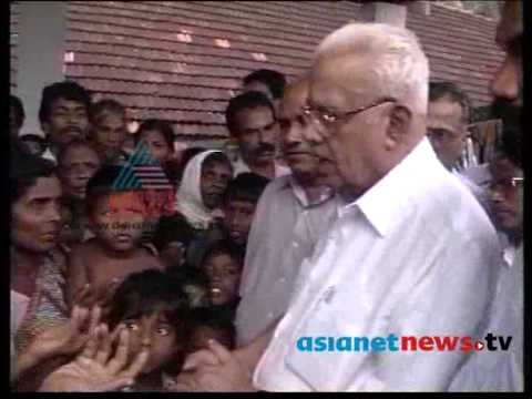 E K, Nayanar visits Relief Camp in Trivandrum :Asianet News Archives