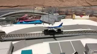 ジオラマ飛行機が離陸します。