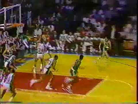 Larry Bird - 19/16/13  vs. Bucks (1986 Playoffs)