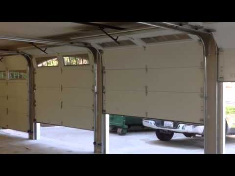 Garage door opener chamberlain liftmaster 2000sdr doovi for Garage door repair thousand oaks
