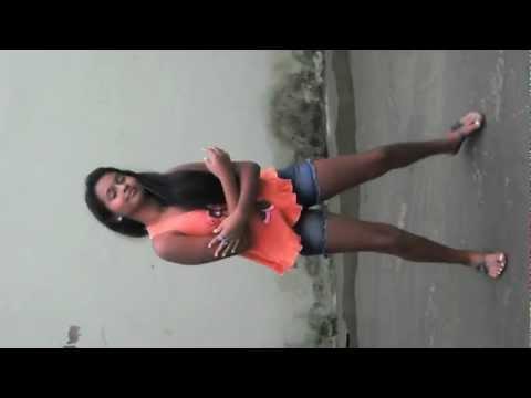 Moreninha Dançando Funk