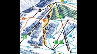 Ski fahren auf der Schwarzen Piste 70% Neigung