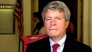 From youtube.com: Richard Painter {MID-151817}