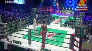 Keo Rumchong Vs Long Sophy Thai 21 June 2015  BAYON  Khmer Boxing 2015