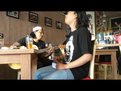 leeyonk sinatra cover jhonny agung & double T ( cemplong moglong )