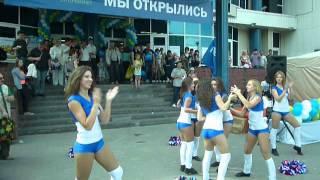 Открытие супермаркета Перекрёсток  у метро пр. Большевиков (10.06.2013) часть 2