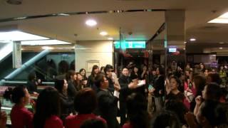 2011/11/20 新竹SOGO週年慶 精神喊話