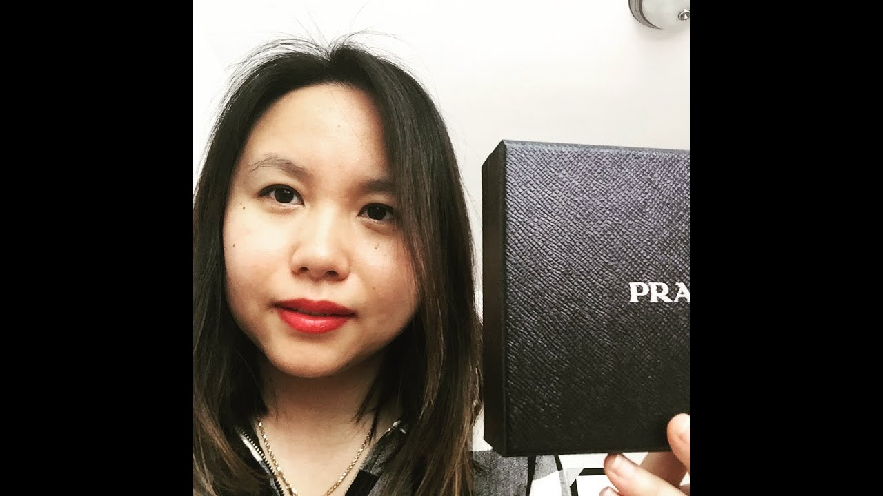 proda purse - REVIEW: Prada Saffiano Credit Card Holder - YouTube