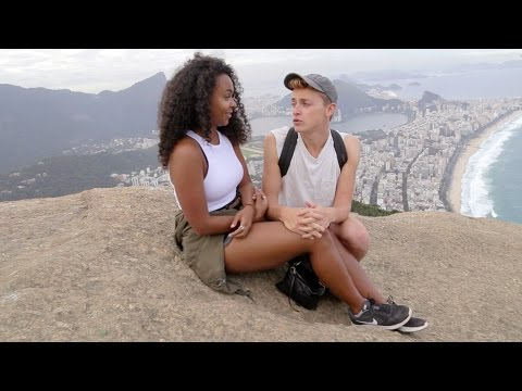 Trilha do Morro Dois Irmãos no Vidigal | PARTIU RIO com Damon&Jo