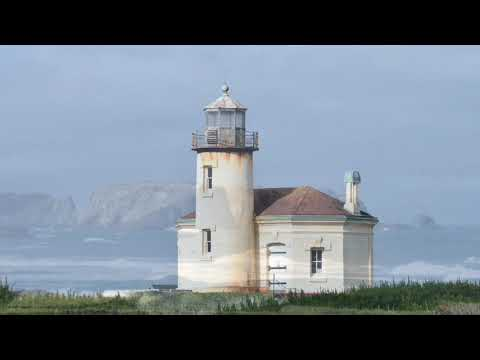 Bandon Lighthouse With Music From Edison Lighthouse