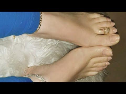 beautiful-stylish-female-feet-jewelry-designs