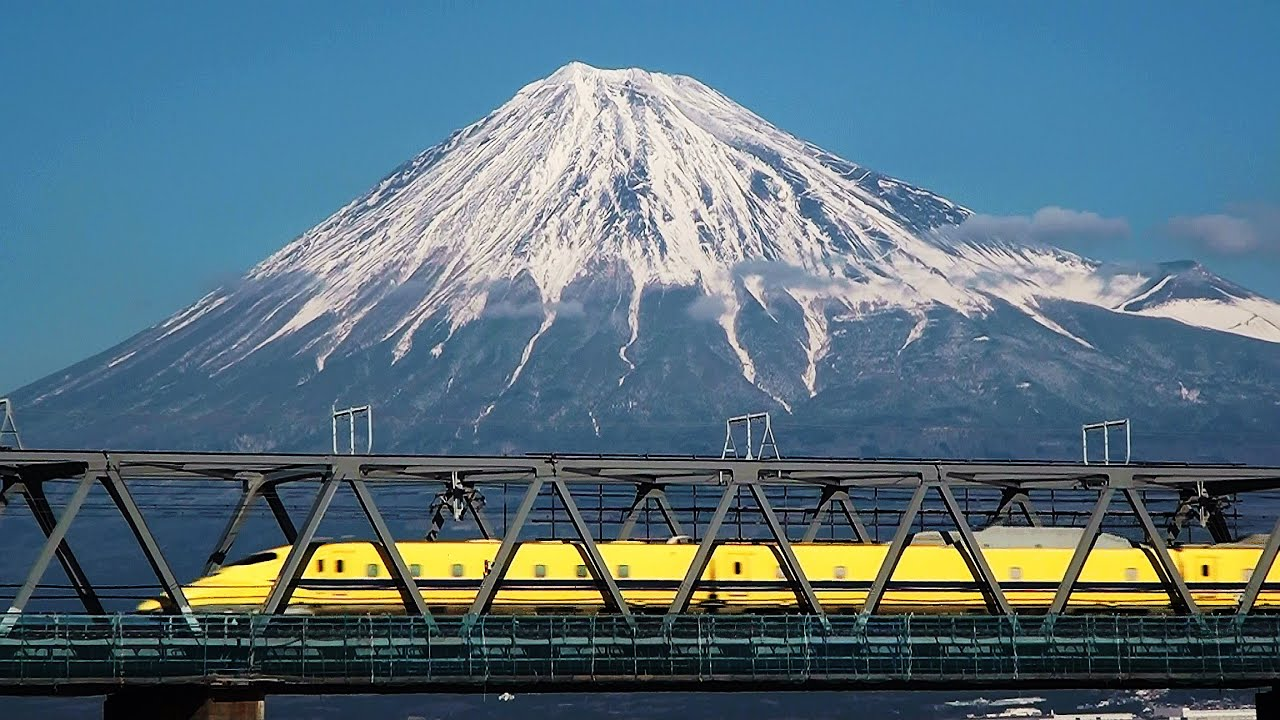 how to get to mt fuji from tokyo by train