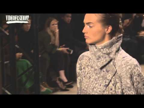Yiqing Yin at Leonard Paris - Autumn/Winter 2015-16 | Videofashion