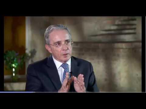 Entrevista al expresidente Álvaro Uribe Vélez en Noticias Caracol