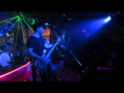 LIFERUINER - 1990 LIVE @ OVERTIME SPORTS BAR 03/06/15