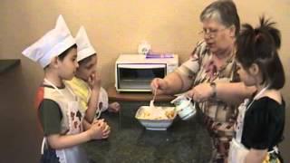 Приготовление салата, детский дом Солнышко г Мариуполь