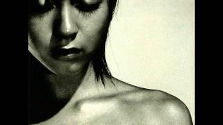 Gambar cover 宇多田ヒカル - SAKURA ドロップス [ENGLISH MALE]