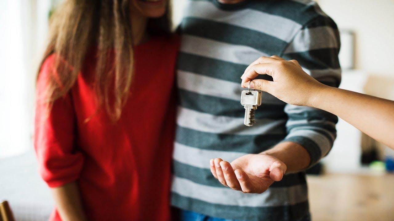☢ בול פגיעה - האם צריך לקנות דירה? והאם להשכיר דירה או לגור עם ההורים?