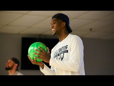 Illini Basketball Spring Bowling