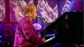 ELTON JOHN - LITTLE JEANNIE - LIVE AT MADISON SQUARE GARDEN (HQ-856X480)