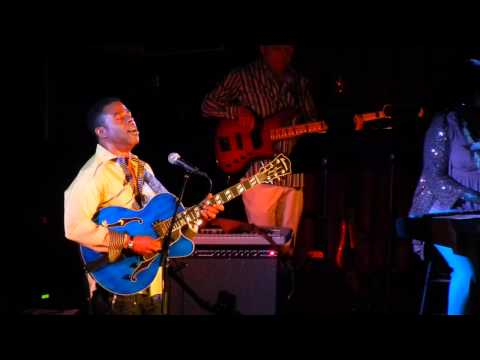 Smooth Jazz Hawaii - Norman Brown (1)