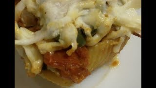 المعكرونة المحشية بالسبانخ والريكوتا ...Pasta stuffed with spinach and ricotta