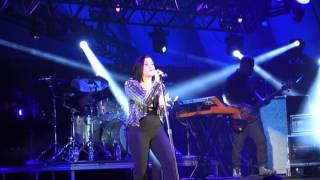 "Demi Lovato - ""Stone Cold"" Vocal Showcase (@ Hollywood Bowl, 10/24/15)"