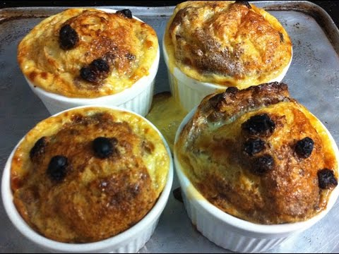 MINI PANETTONE BREAD PUDDINGS - Simpley Cooking