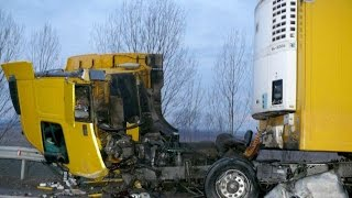 Best truck crashes, truck accident compilation 2015 Part 1