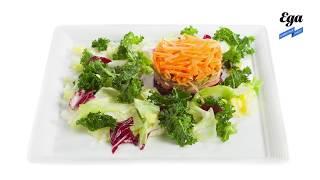 Салат с айвой, свеклой, маринованными огурцами и каперсами